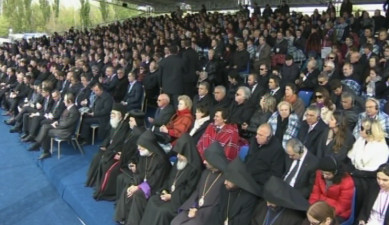 Solemn meeting in Tsitsernakaberd Memorial Complex