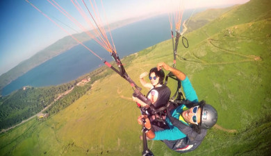 Sport Time: Paragliding