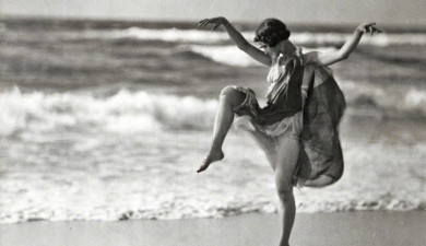 Isadora Duncan: Founder of Modern Dance